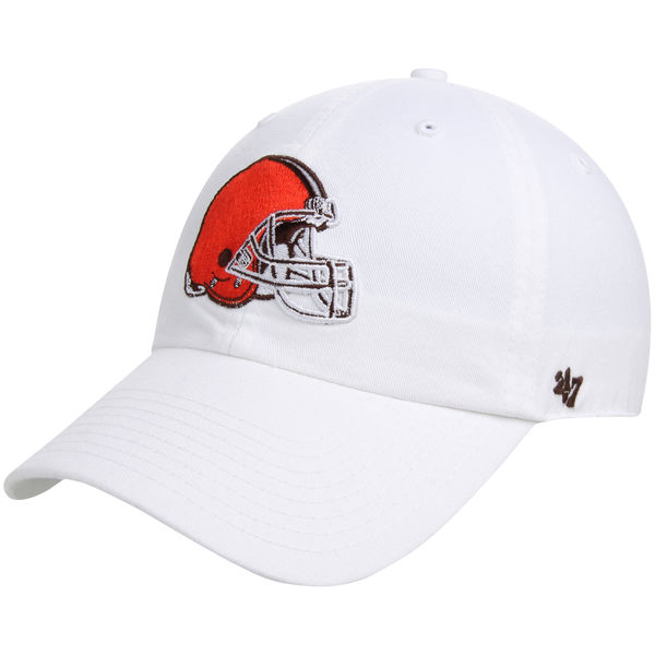50155adc3b2 Cleveland Browns  47 Brand Clean Up Basic Logo Adjustable Hat – White